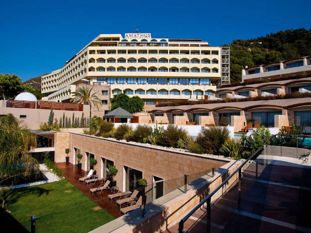 Amathus Elite Suites Uses Reputize In-Stay Surveys to Capture Guest Reviews