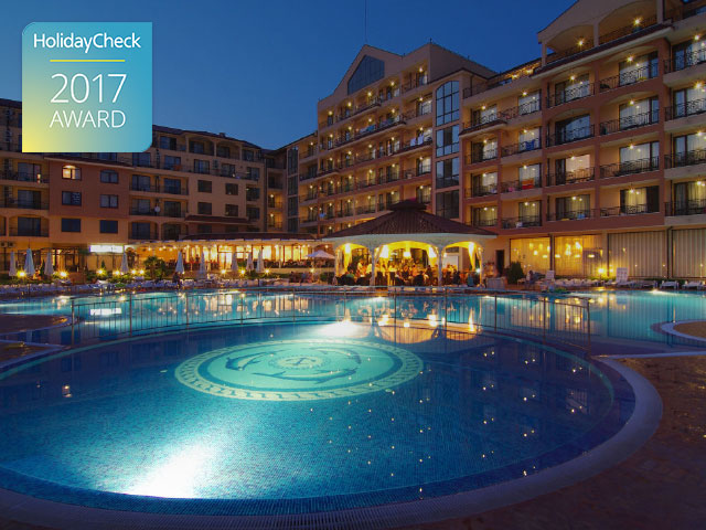 4-Star Beach Hotel Diamond Wins a 2017 HolidayCheck Award